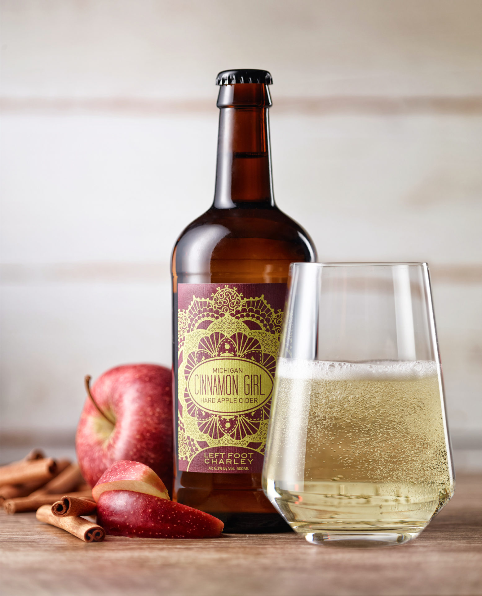 Cinnamon Girl Beer & Cider Product Photography - Hollis Conway Photography
